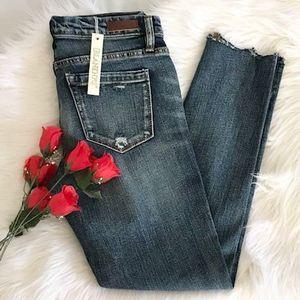 NWT  BlankNYC Skinny Classique Jeans 27